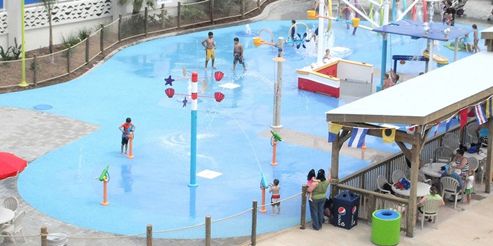 AquaFlex® Porous Water Play & Pool Deck Surfacing